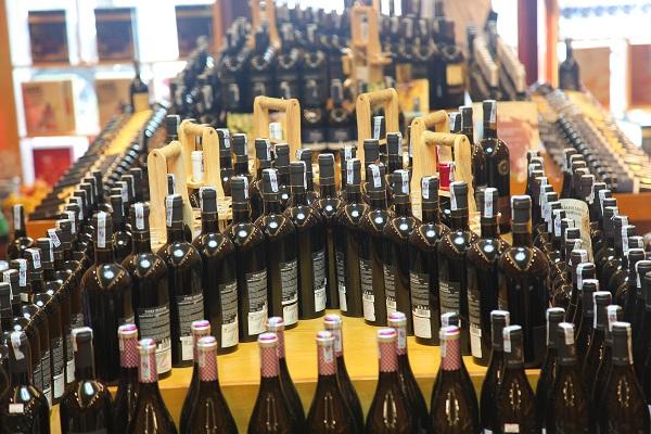 Địa chỉ mua rượu vang rẻ tại Cầu Giấy khách hàng nên biết