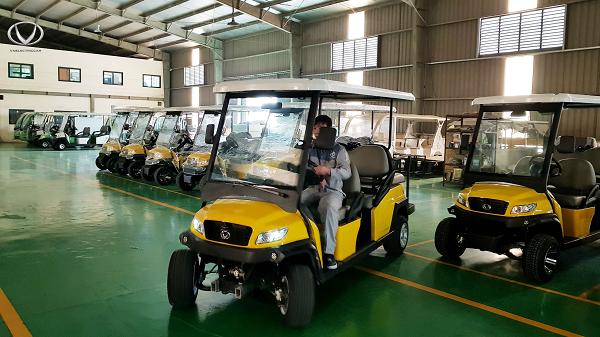 Tham quan nhà máy sản xuất, lắp ráp xe điện bốn bánh đầu tiên tại Việt Nam