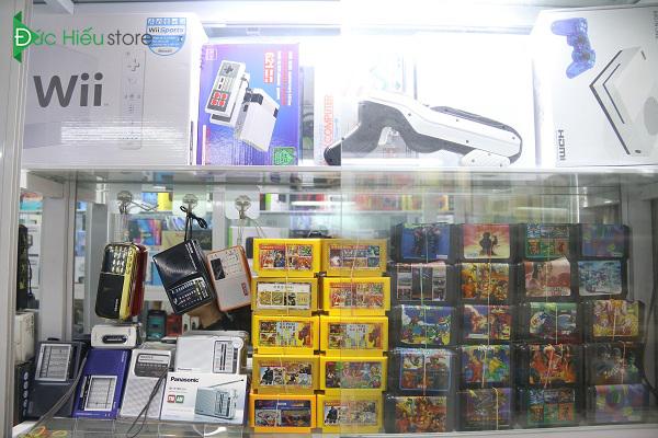 mua máy chơi game 4 nút tại Hà Nội