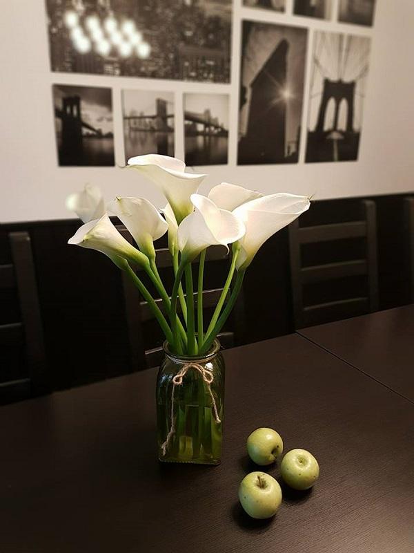 Sự tinh tế, thuần khiết của hoa Rum cho không gian nhà bạn
