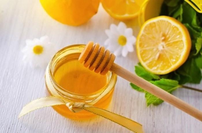 Cách trị vết thâm mụn ở mặt với mật ong