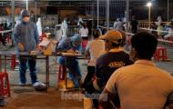 5 người Quảng Ngãi buôn bán ở cảng cá dương tính, Đà Nẵng lấy mẫu đột xuất trong đêm