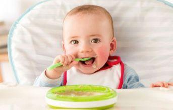 Đá mặt bàn ăn Empirestone - Giải pháp cho mẹ yên tâm để bé tự ăn uống