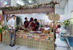 Thượng đỉnh Mỹ - Triều: Chủ hàng phở ngày ngủ 2 tiếng, thái thịt xuyên đêm