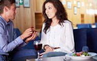 Tranh cãi thanh niên lấy nhẫn của người yêu cũ cầu hôn bạn gái mới
