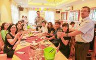 Khám phá nhà hàng đồ ăn ngon Hà Nội nức tiếng đất thủ đô suốt gần 30 năm qua