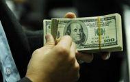 Ngân hàng Nhà nước tăng tiếp giá bán, giá USD vượt mốc 23.300 VND