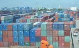 """Trung Quốc ngưng nhập khẩu, Việt Nam trở thành """"bãi chứa"""" container phế liệu!"""