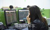 Chứng khoán sáng 20/4: Cổ phiếu lớn bứt phá, VN - Index lập đỉnh mới
