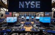 Phố Wall giảm điểm do nhóm cổ phiếu viễn thông mất giá