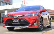 Toyota Corolla Altis giảm giá hàng chục triệu đồng tại đại lý
