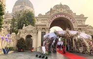 Xôn xao đám cưới 'khủng' trong lâu đài dát vàng ở Ninh Bình