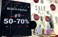 Tràn ngập giảm giá trước Black Friday, khách vẫn khó mua