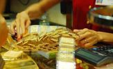 Kinh tế suy thoái, vàng diễn biến trái chiều vì đâu?