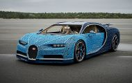Siêu xe Bugatti Chiron ráp bằng LEGO có thể lăn bánh như xe thật