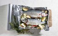 Tại sao không nên gói đồ ăn thừa trong giấy bạc?
