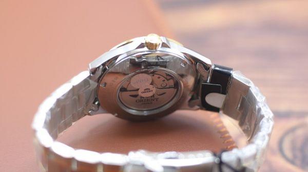 Đồng hồ Orient SFM01001B0 - Mang lại sự cuốn hút cho phái mạnh