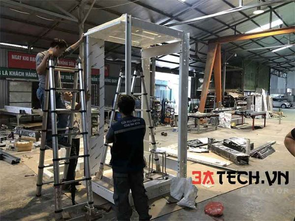 Sản xuất cabin thang máy