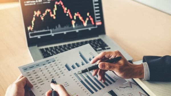 Nằm lòng 5 lời khuyên của chuyên gia để đầu tư chứng khoán hiệu quả